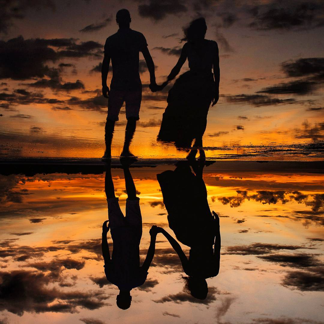 beach-photography-reflection-and-silhouettes